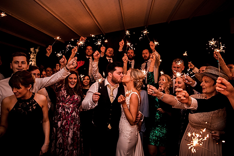 Your Guide to Using Sparklers at a Wedding – Tips