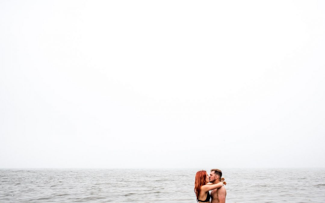 A Northumberland Engagement Shoot in the Sea!